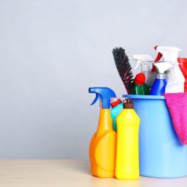 חומרי ניקוי ומשק בית